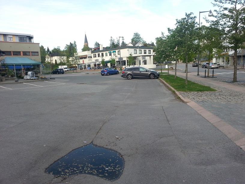 Parkeringsplasser eid av Årnes Vel